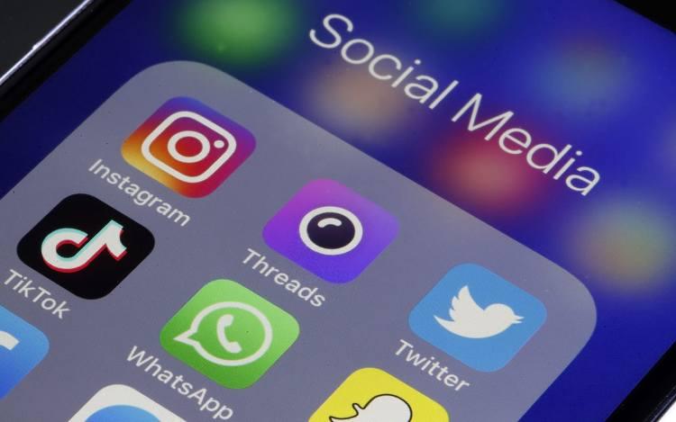 Facebook, WhatsApp e Instagram são aplicativos mais baixados da década